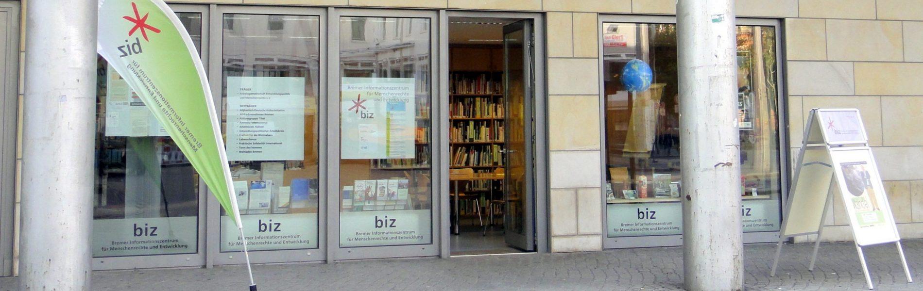Auf dem Bild sieht man das Bremer Informationszentrum für Menschenrechte und Entwicklung.